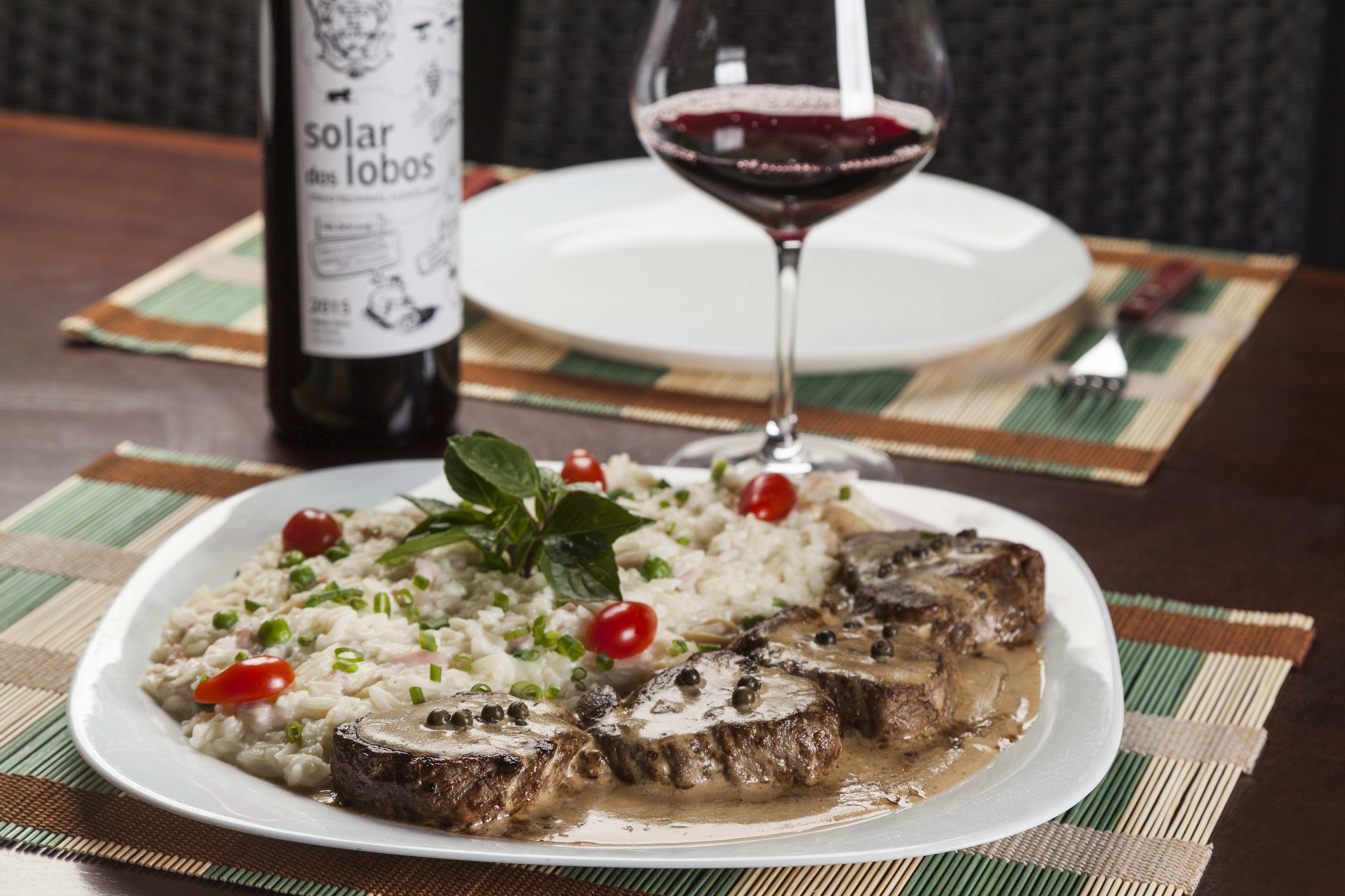 47 restaurantes com preços especiais em Goiânia e Piri