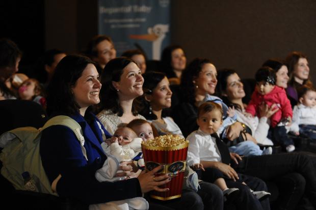 'Vingadores' tem sessão especial para mamães