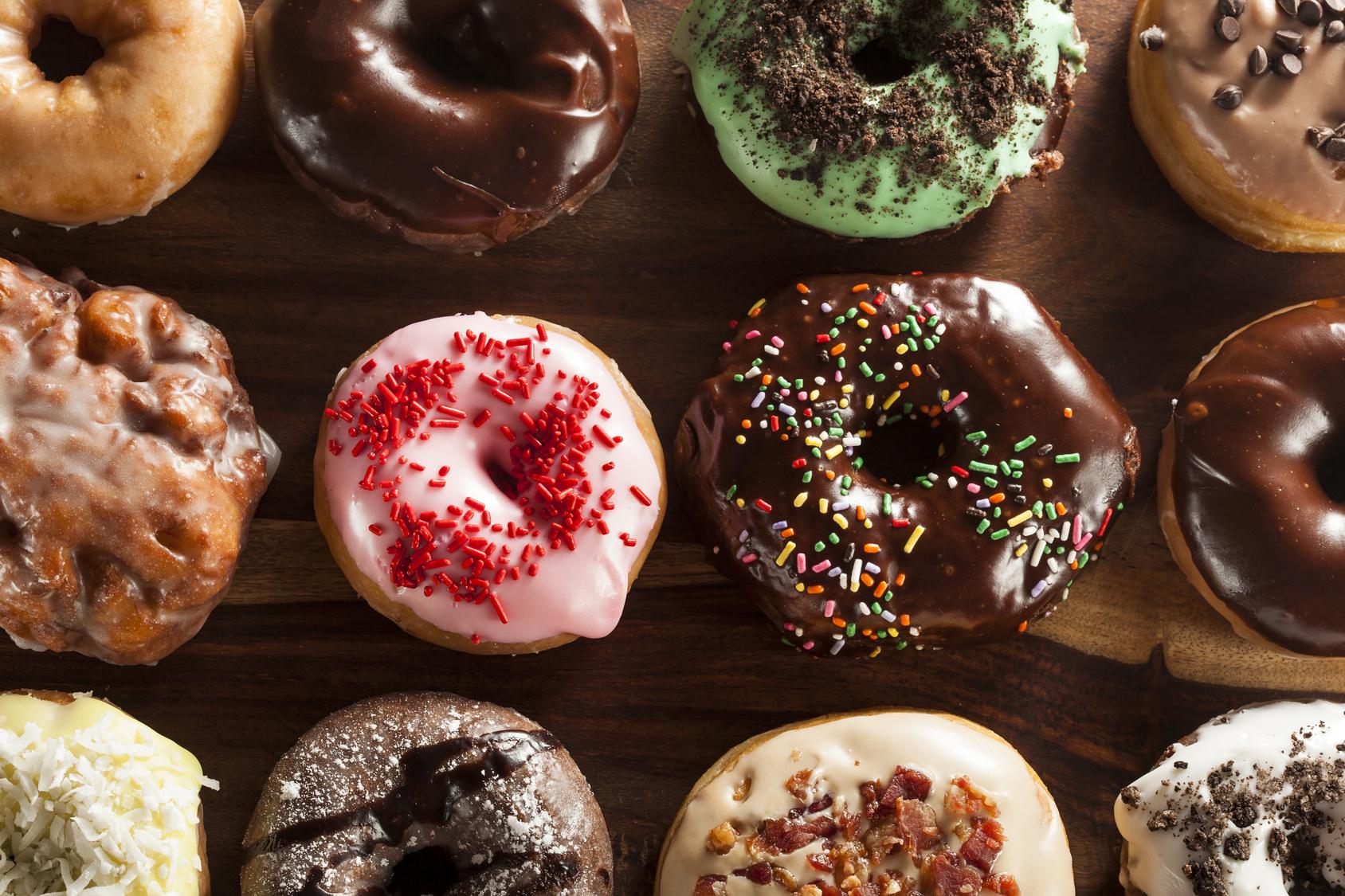 Oficina ensina preparo de Donuts a crianças